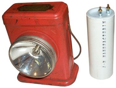Burgess BL-6 Lantern two No. 6 Dry Cell