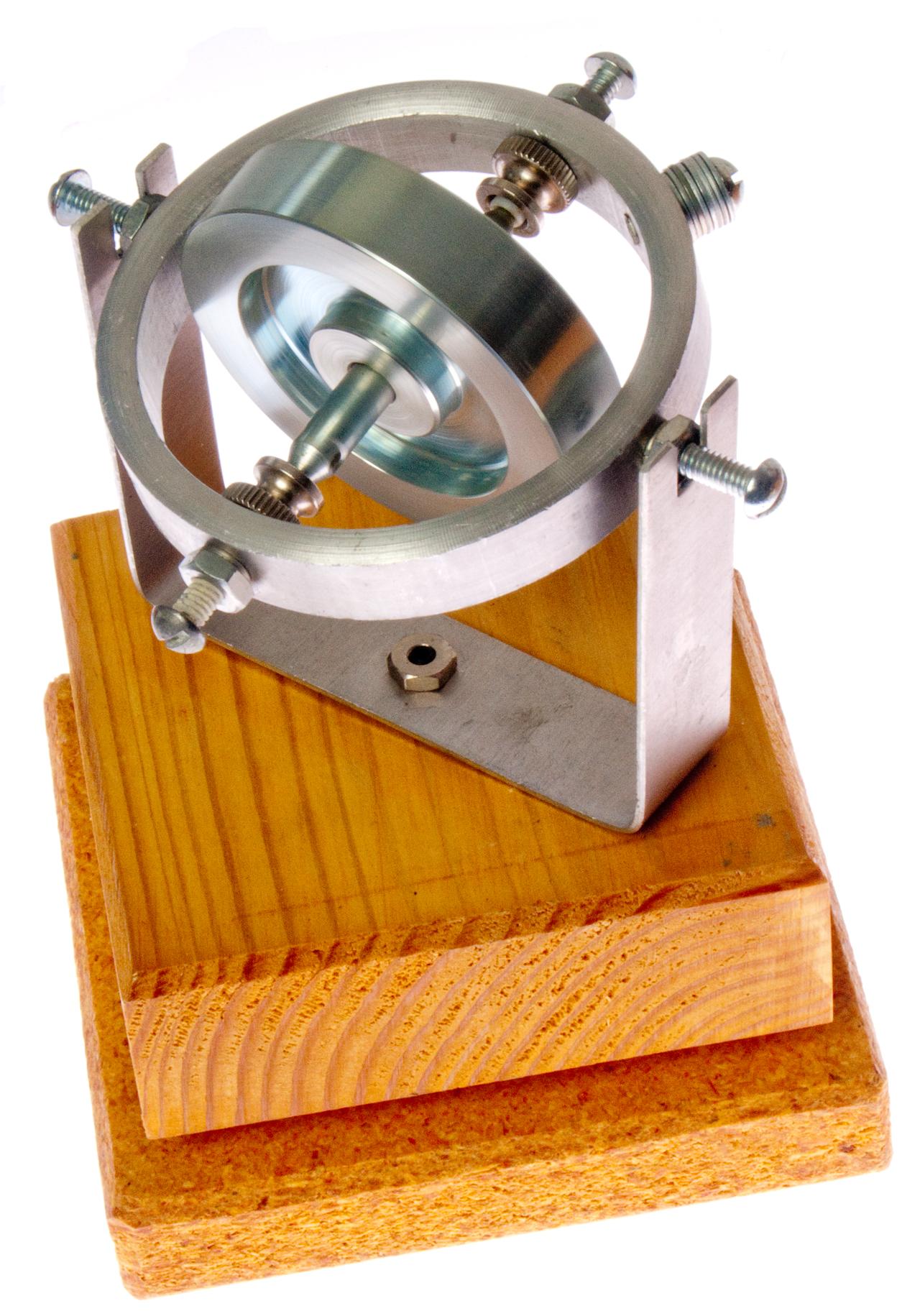 Попытка сделать гироскоп на «скорую руку»
