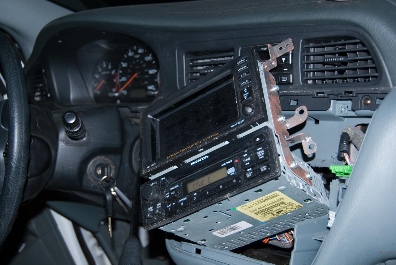 Honda 2000 Odyssey Get Radio Serial Number