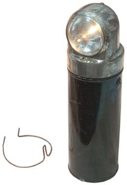 D46279 Portable Electric Lamp uses Dry Cell