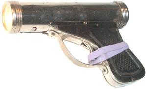 Pistol Flashlight 2 C Cell