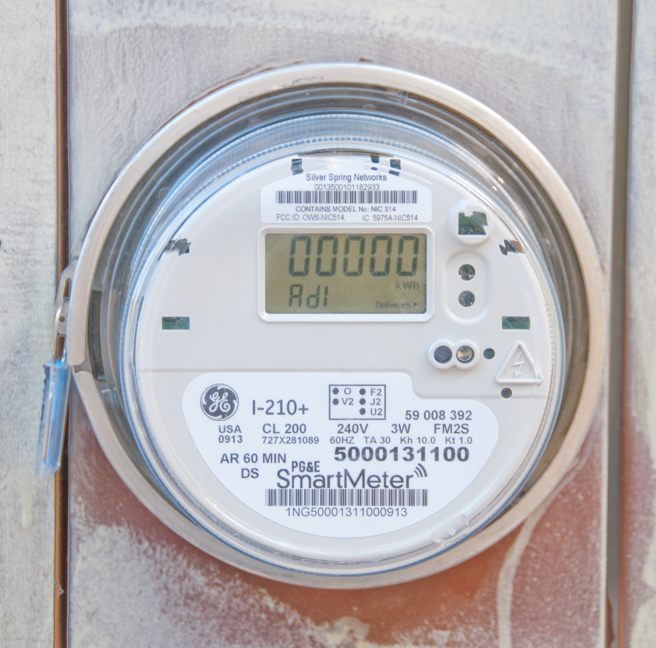 Smart Electric Meter Reading : Smart utility meters