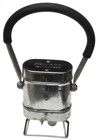 William M. Moxley - Light Weight Lantern Co. Streamline 2 D cell flashllight