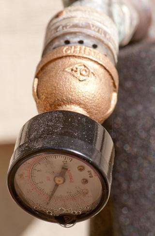 Water pressure - No water pressure in kitchen sink ...