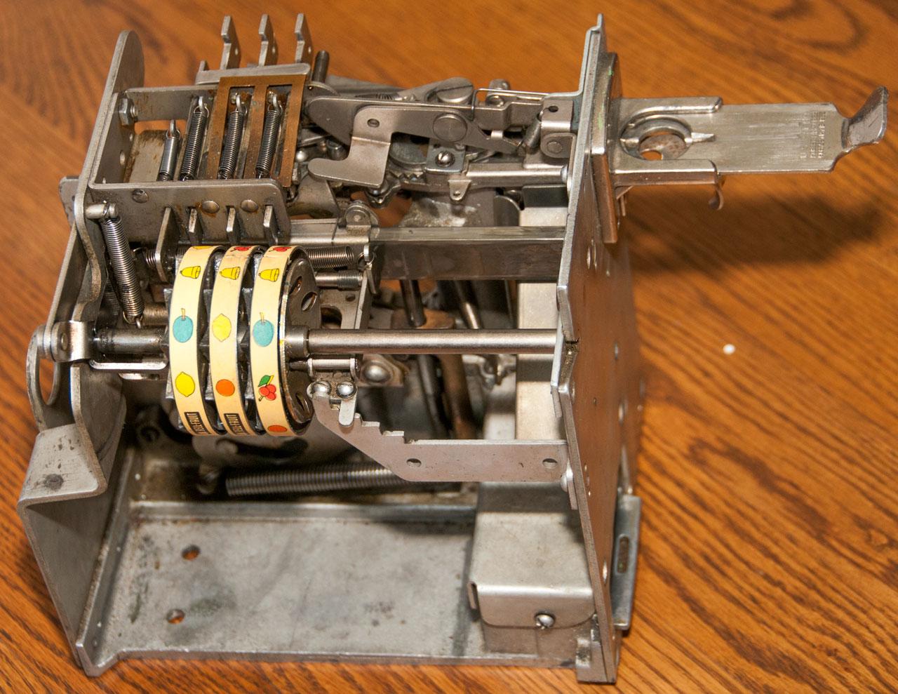 Mills Vest Pocket Slot Machine Trade Stimulator